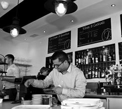 Lucianos bar